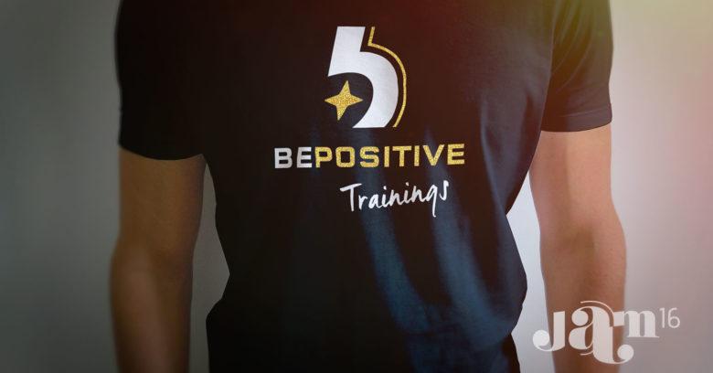 Logo op t-shirt black